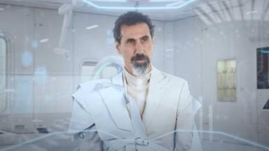 Ya puedes volver a ver a Serj Tankian (System of a Down) en acción gracias a este nuevo videoclip