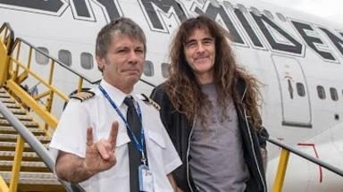 """Bruce Dickinson (Iron Maiden) se sincera sobre Steve Harris: """"Piensa que es el amo"""""""