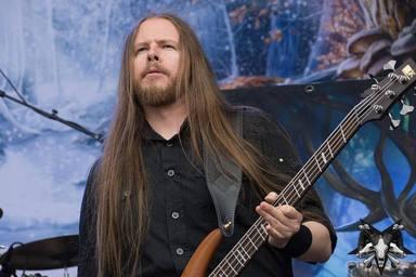 El nuevo bajista de Nightwish explica cómo ha conseguido su puesto en la banda