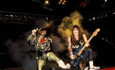 """Bruce Dickinson (Iron Maiden): """"Soy culpable de llevar los pantalones más ridículos del mundo"""""""