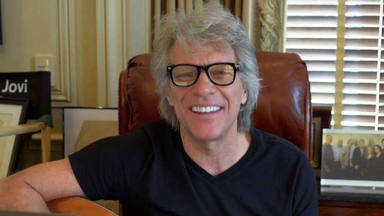 "Bon Jovi interpreta ""Do What You Can"" desde su casa"