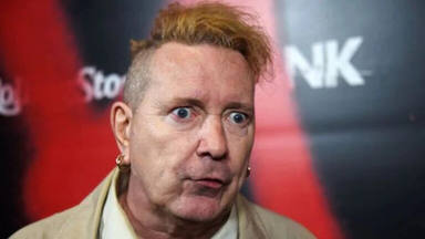 """Johnny Rotten (Sex Pistols) carga contra Disney: """"Esto es muy destructivo para la banda"""""""