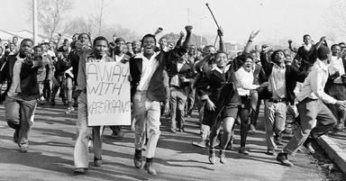 """""""Another Brick in the Wall"""", el himno de revolución que se prohibió en Sudáfrica"""