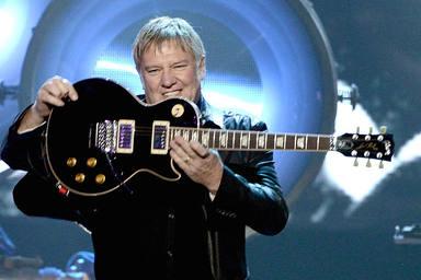 """Las primeras guitarras de Alex Lifeson (Rush) cuando """"no tenía mucho dinero"""""""