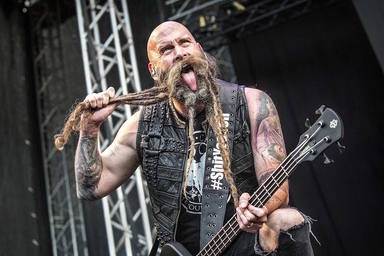 El curioso honor que el bajista de Five Finger Death Punch comparte con Dave Mustaine (Megadeth) y Rob Halford