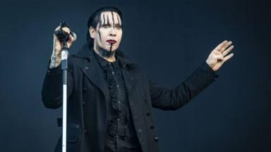 """Marilyn Manson se entrega al a policía para responder por su presunta agresión """"con mocos"""""""