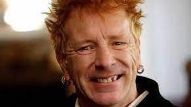 "Johnny Rotten afirma que Sex Pistols le provocó ""trabajar en condiciones de esclavitud"""