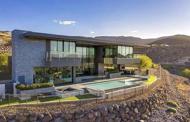 Gene Simmons (KISS) se gasta 8,2 millones de dólares en una mansión en Las Vegas