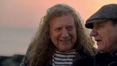 "Brian Johnson (AC/DC) y Robert Plant (Led Zeppelin) comparten una puesta de sol: ""Así triunfó Led Zeppelin"""