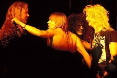 La gira que enfrentó a Metallica y a Guns N' Roses