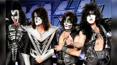 ¿Será esto lo más absurdo que le puedes comprar a Kiss?
