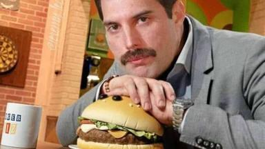 """Cómo Freddie Mercury (Queen) pidió que le trajeran McDonalds al restaurante de sushi más """"pijo"""" de Tokio"""
