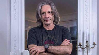 """Bruce Dickinson (Iron Maiden): """"Pensé que el cáncer podía acabar con mi voz"""""""