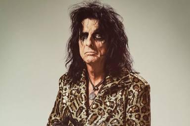 Alice Cooper anuncia que saldrá de gira con un inesperado ex-componente de Kiss