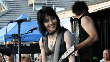 "Joan Jett & The Blackhearts se retiran de la carretera: ""La variante Delta nos preocupa a todos"""