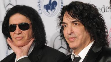 """""""Gene Simmons es un imbécil y Paul Stanley piensa que es un regalo divido"""", según Blue Öyster Cult"""
