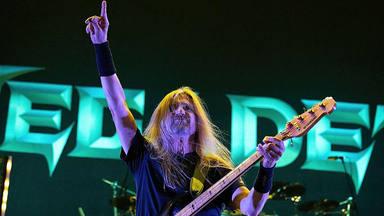 VÍDEO: Megadeth se sube al escenario junto a su nuevo bajista después de 12 años sin tocar con él