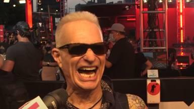 """David Lee Roth: """"Eddie Van Halen está en el cielo, desatando el infierno"""""""