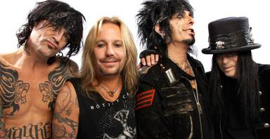 ctv-l9v-motley-crue-fairly-recent-photo-1000x515